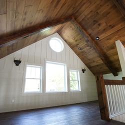 custom--lake-home-loft--reclaimed-beams
