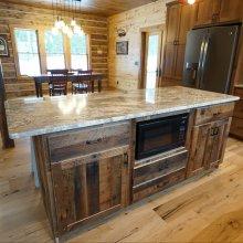 lake-home-cabin-kitchen3