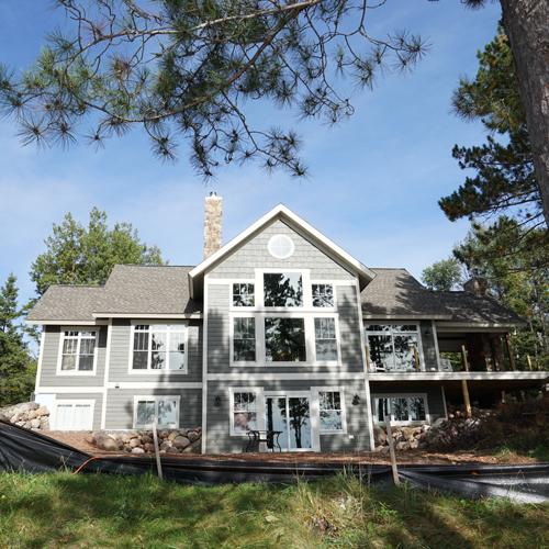 lake-home-custom--exterior-1